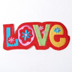 Nažehlovačka Love Červená