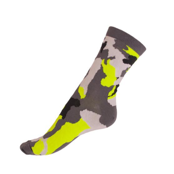 Ponožky Styx crazy fosforově zelený maskáč (H331)